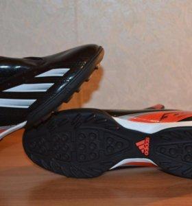 Футбольные бутсы Adidas f10 TRX TF