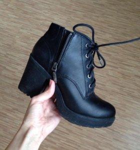 Ботинки Bershka демисезонные