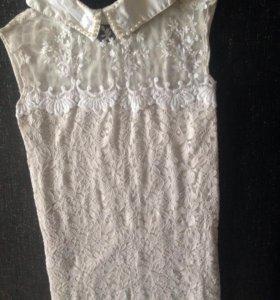 Блуза с воротничком с жемчугом