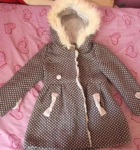 Пальто для девочек очень красивое