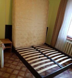 Кровать с березовыми ламелям и матрасом
