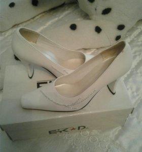 Туфли женск.
