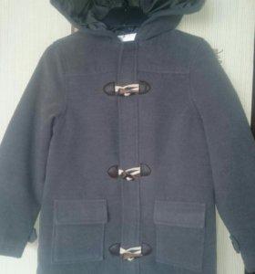 Пальто детское, новое