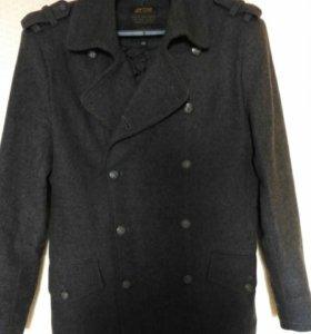 Мужское пальто осеннее-весеннее