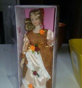 Кукла коллекционная 23 см