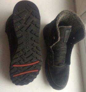 Зимние ботинки Ecco р. 42