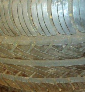 Передние сиденья ВАЗ 2106
