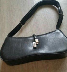 Клатч или маленькая сумочка