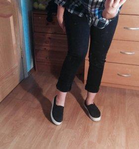 Черные штаны / брюки