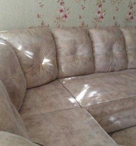 Продаю диван раскладной с креслами