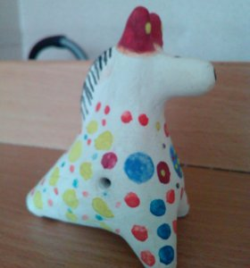 Дымковская игрушка (свистулька)