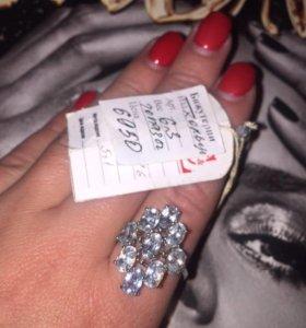Кольцо с топазом серебро
