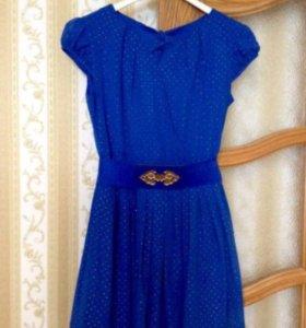 Очень красивое платье  р 40-42