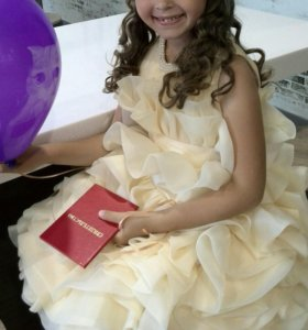 Платье нарядное 5-8лет