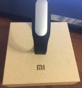 Фитнес-трекер Xiaomi Mi Band 1s Plus