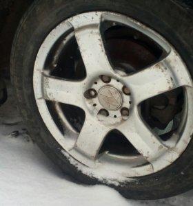 Два колеса на летней резине R16