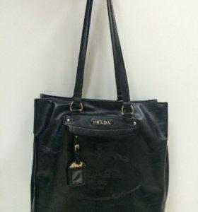 Продаю сумка Prada