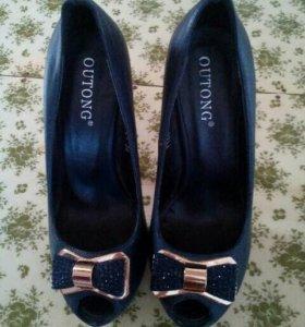 Туфли-лабутены