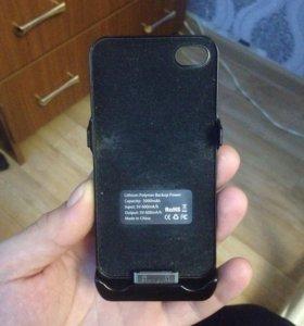 Чехол-зарядка на iPhone 4 4s