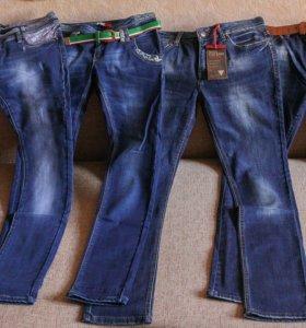 Новые джинсы 30 размера
