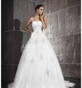 Свадебное платье от Amore Bridal