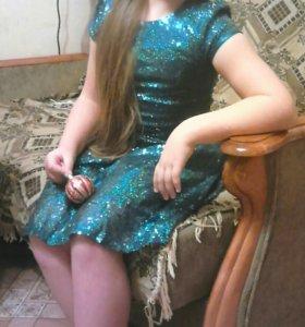 Платье. Пайетки