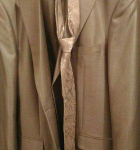 Продам костюм мужской(одет 1 раз)