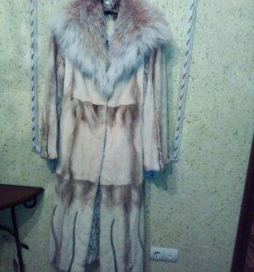 Шуба Норковая с капюшоном из рыси