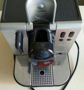 Кофемашина капсульная DeLonghi Nespresso