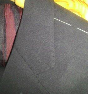 Мужской костюм чёрный. Новый.