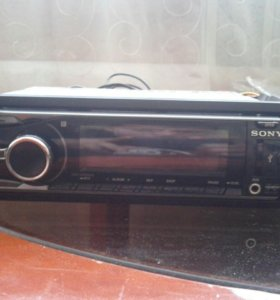 Магнитола Sony-650ui