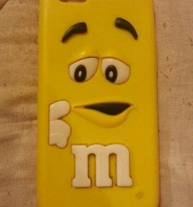 Продам чехол на Айфон 6