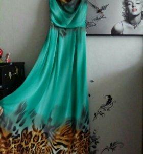 Платье 42р.