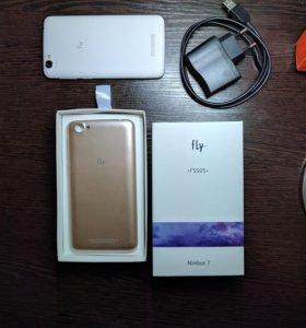 Смартфон Fly FS505 (Nimbus 7)