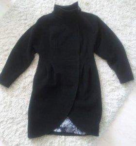 Продам пальто весенее