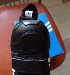 Продаю кроссовки adidas 22 размер