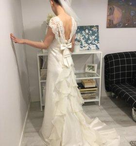 Свадебное платье (фата в подарок)