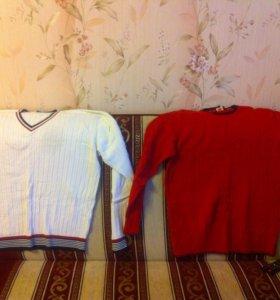Два свитера и рубашка