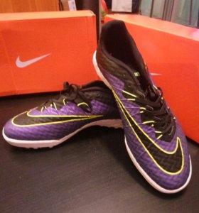Новые бутсы Nike Hypervenom X