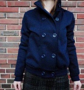 Новая! Теплая мягкая куртка XL