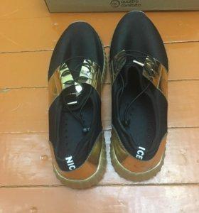 Продаю новую обувь