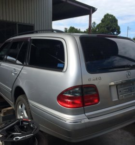 Mercedes beams