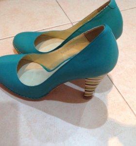 Туфли женские натуральная кожа р35