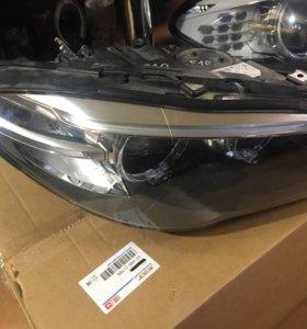 BMW F10 рестайлинг передняя правая фара оригинал