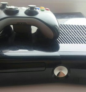 Xbox 360s 250 gb