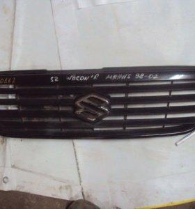 Решетка радиатора Suzuki Wagon R