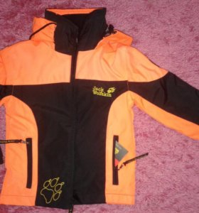 Куртка,ветровка,толстовка