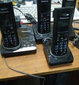 Panasonic KX-TG8225RUс 3 трубками KX-TGA820RU