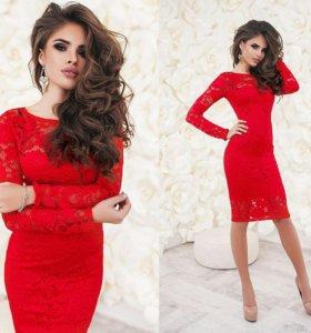Красное гипюровое платье 48 р.