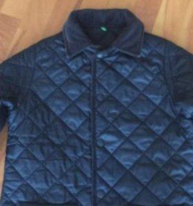Демисезонная куртка (бенеттон)